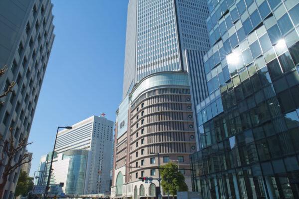 綺麗な高層ビル